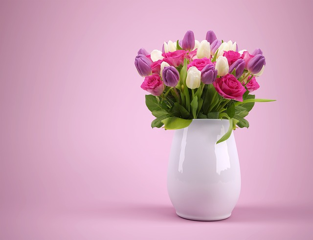 lalele si trandafiri